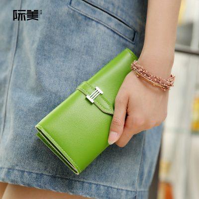 Dompet Panjang Lipat Simple Warna Hujau Muda