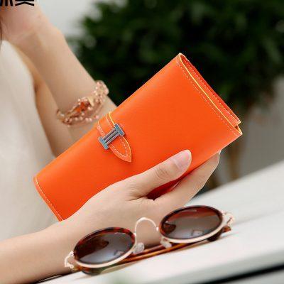 Dompet Panjang Lipat Simple Warna Oranye