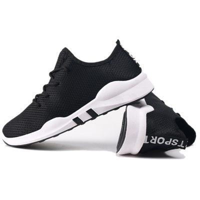 Sepatu Kets Hitam Model T1457