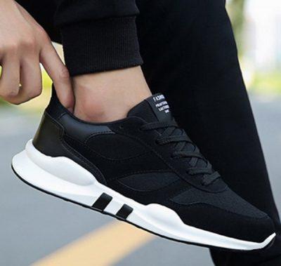 Sepatu Sneakers Pria Hitam Model T1478