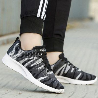 Sepatu Sneakers Doreng Asli Import